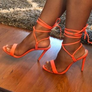 Steve Madden Strappy Heels 👠